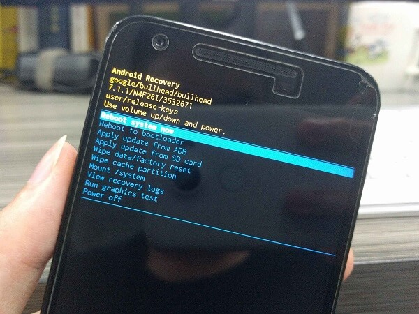Fastboot Nexus into Bootloader Mode